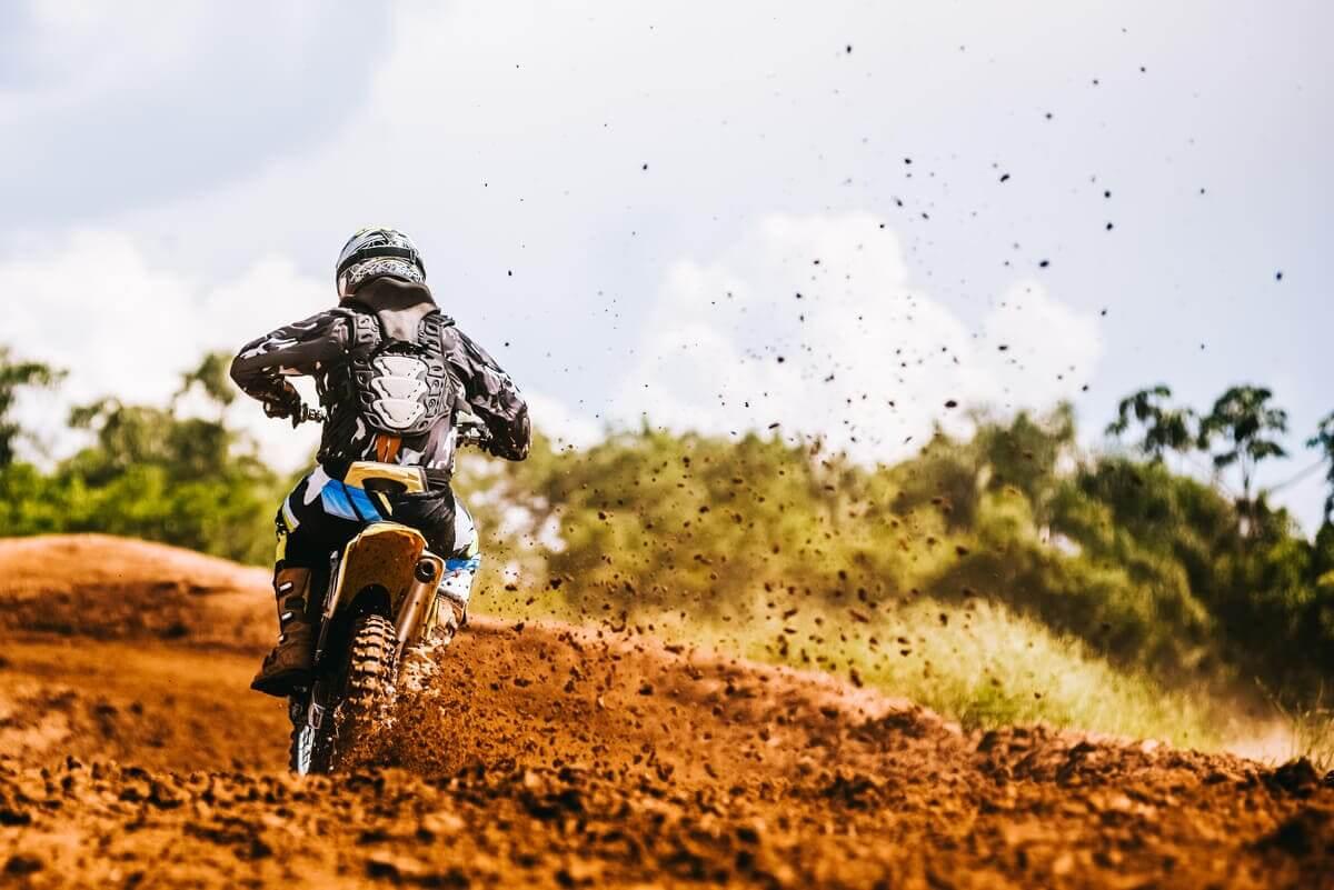 como fazer rampa para motocross