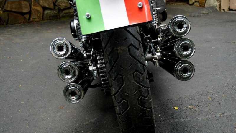 Moto Benelli 750 Sei
