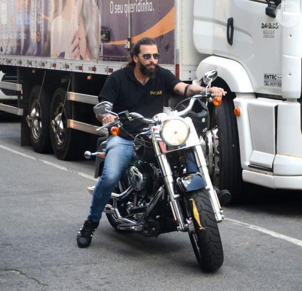 pilotar moto