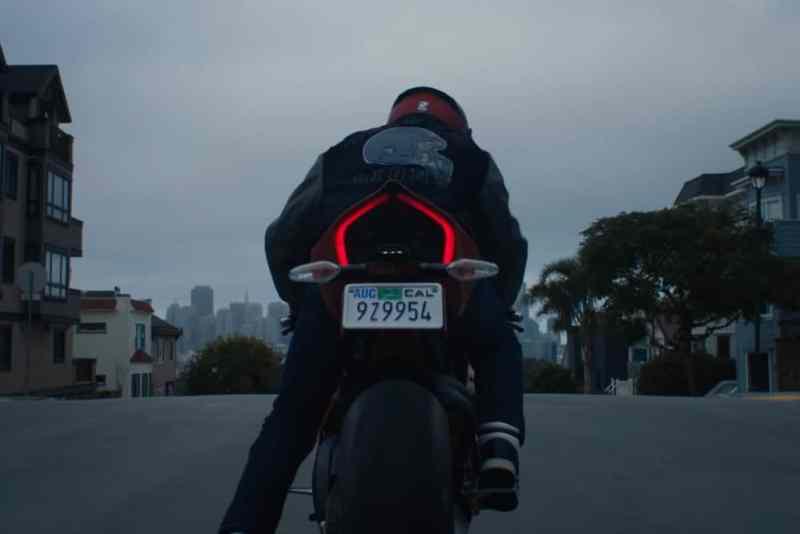 Ducati Panigale V4 Venom - Tempo de Carnificina